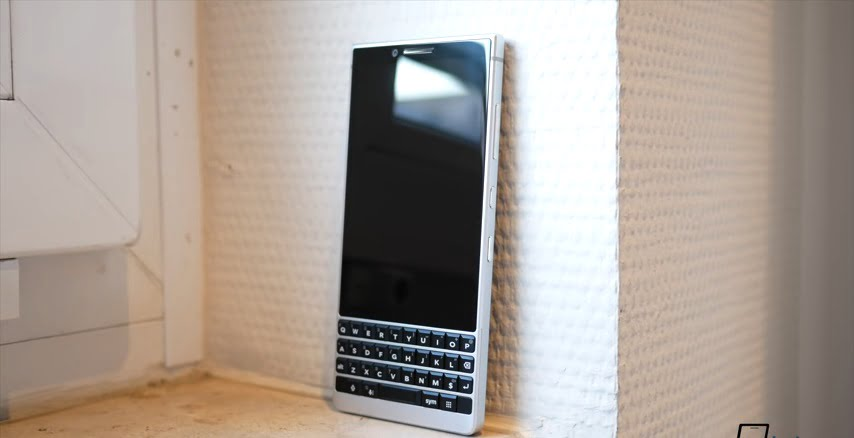 BLACKBERRY KEYTWO REVIEW