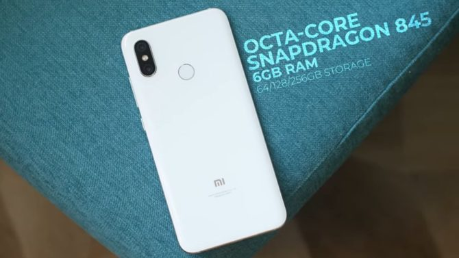 The Xiaomi Mi 8 features the Octa-core Snapdragon 845