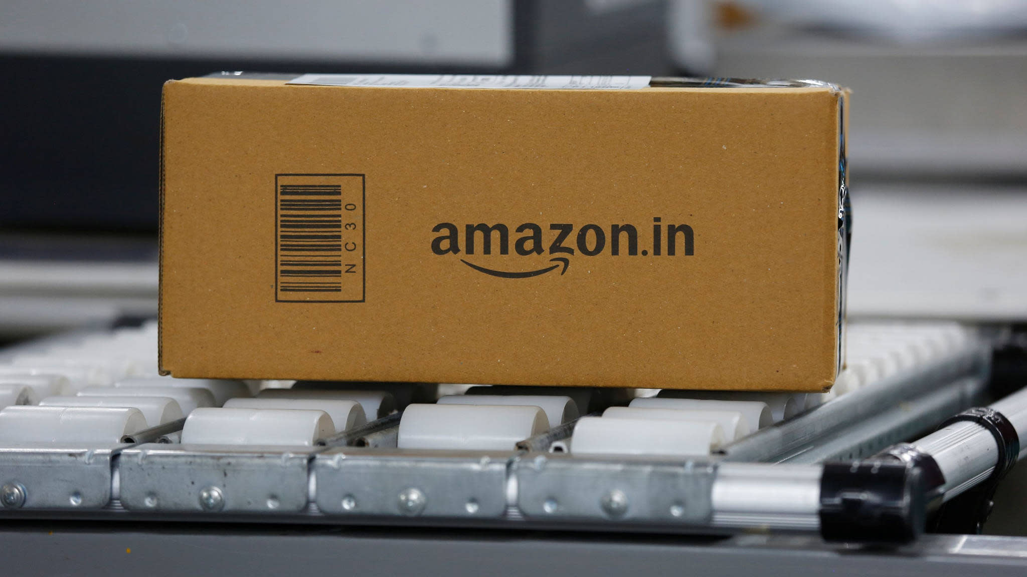 Amazon looking to setup physical retail stores in India