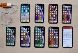 iphone xs charging gate