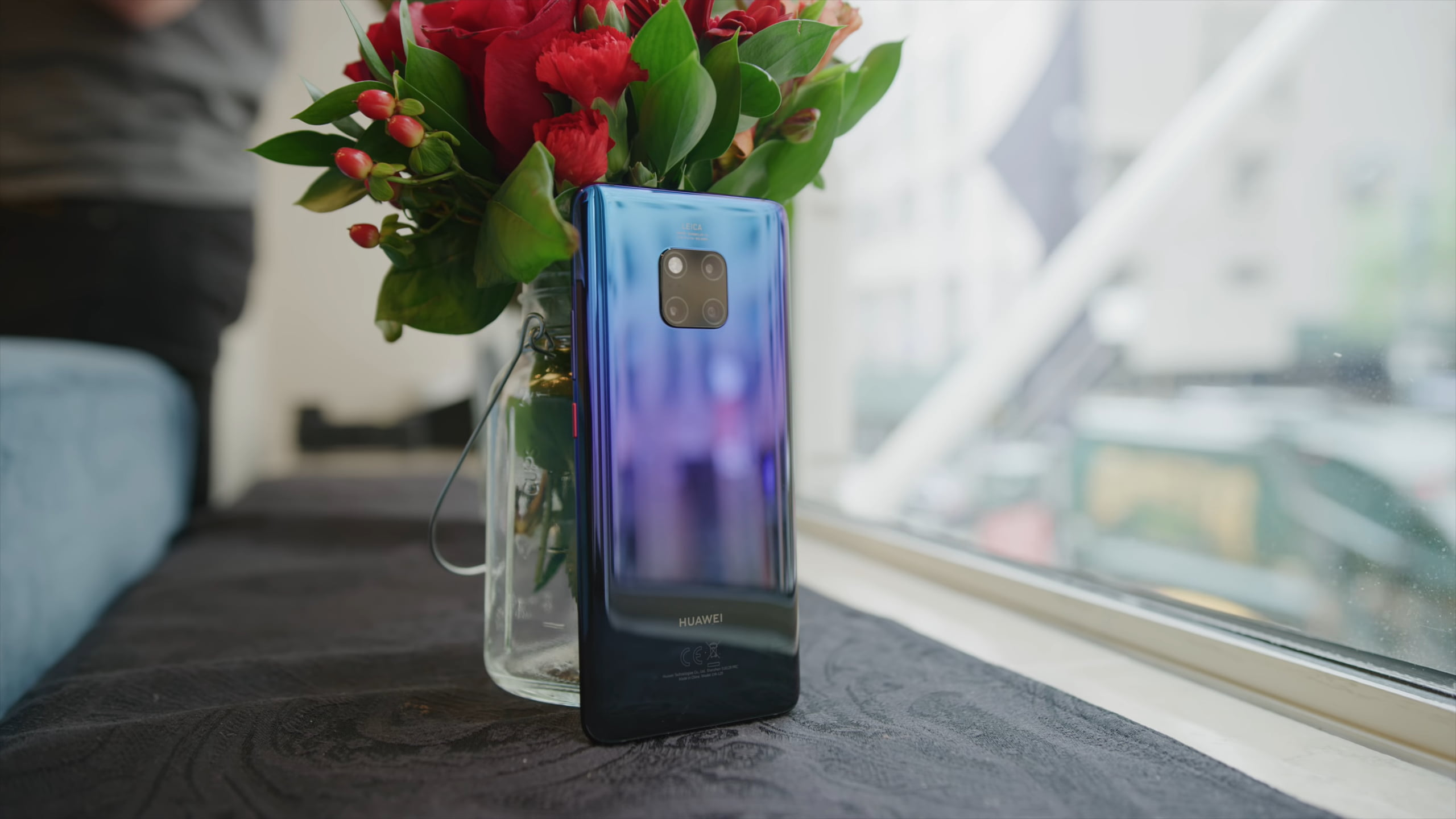 Huawei Mate 20 Pro: An ambitious phone with Wild Camera & tricks