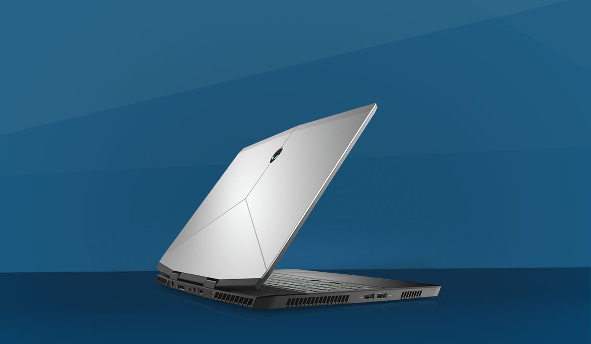 Alienware m15 white side post, performance