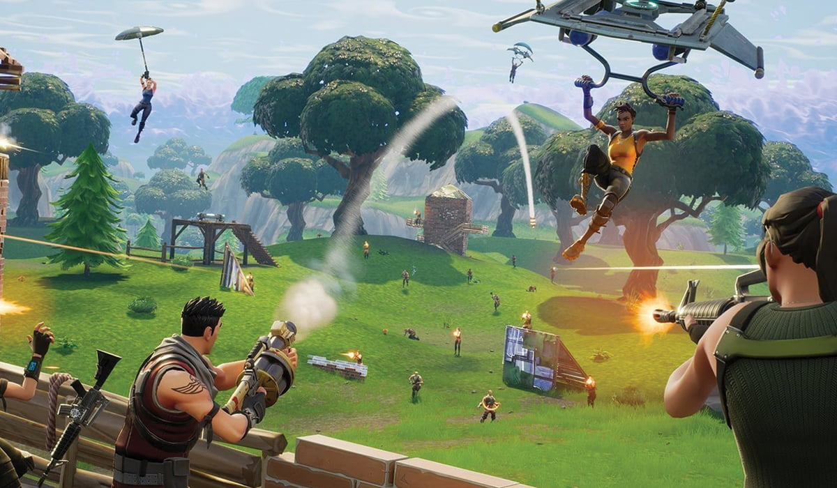 players playing fortnite