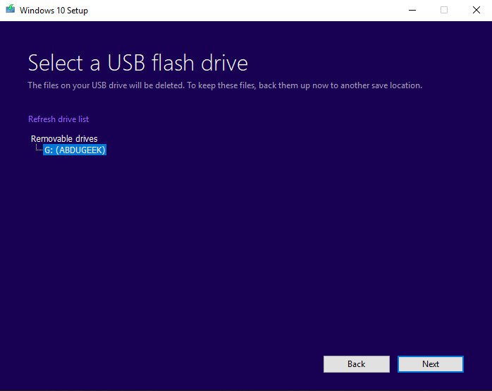 Selecting a USB flash drive in media creation tool process