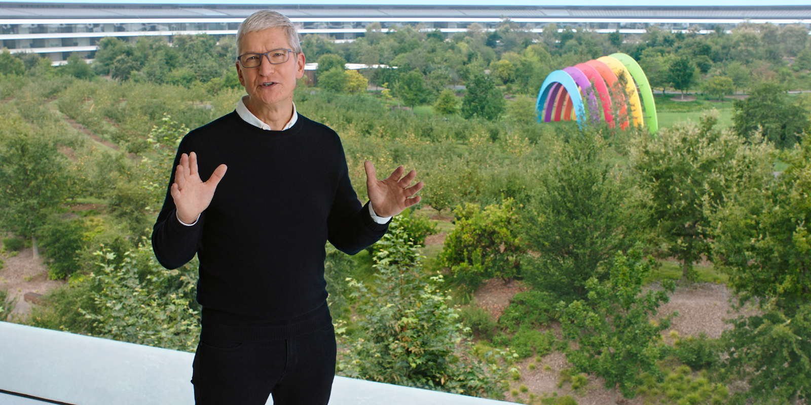 Tim Cook in Apple Park