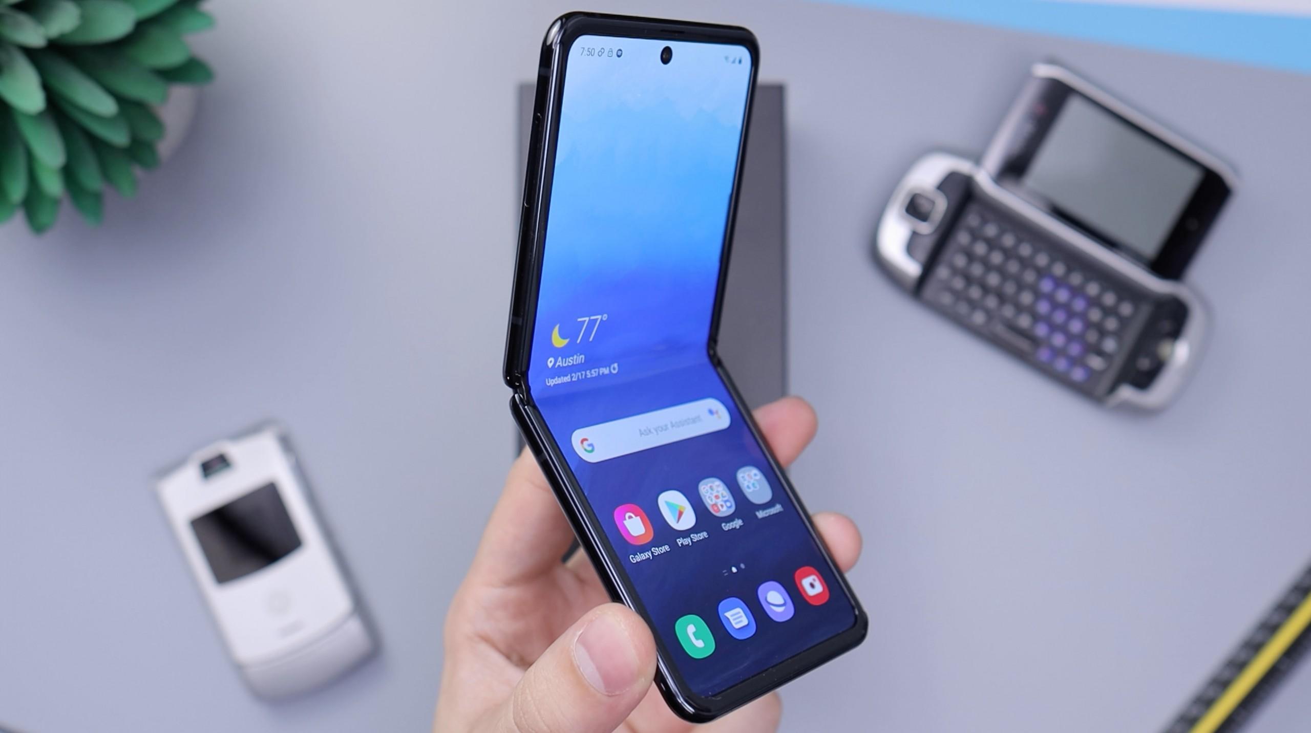 Galaxy Z Flip smartphone