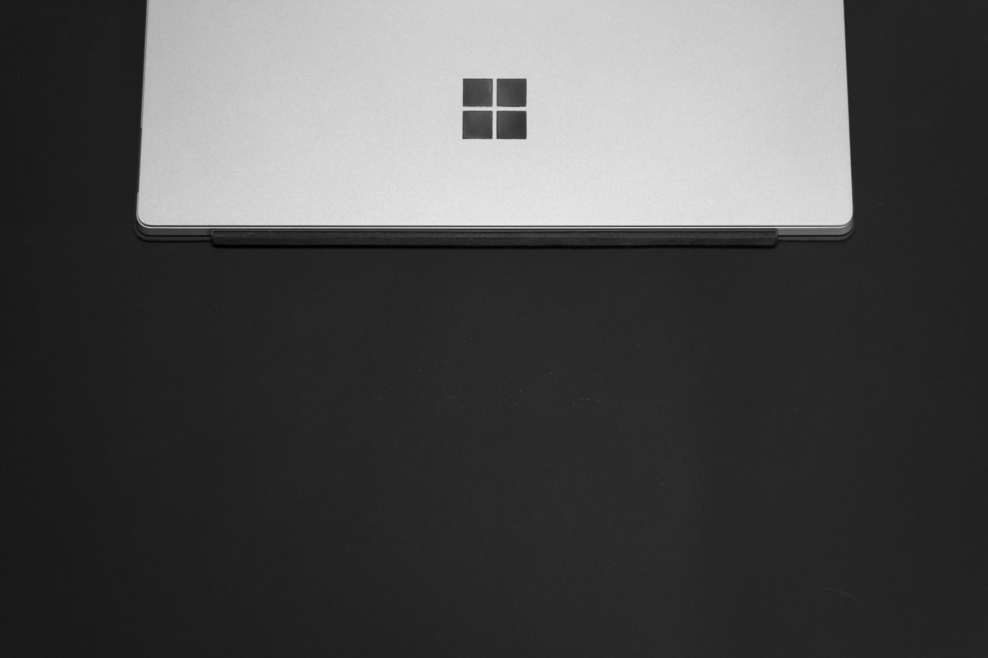 Microsoft Surface Laptop Windows 10