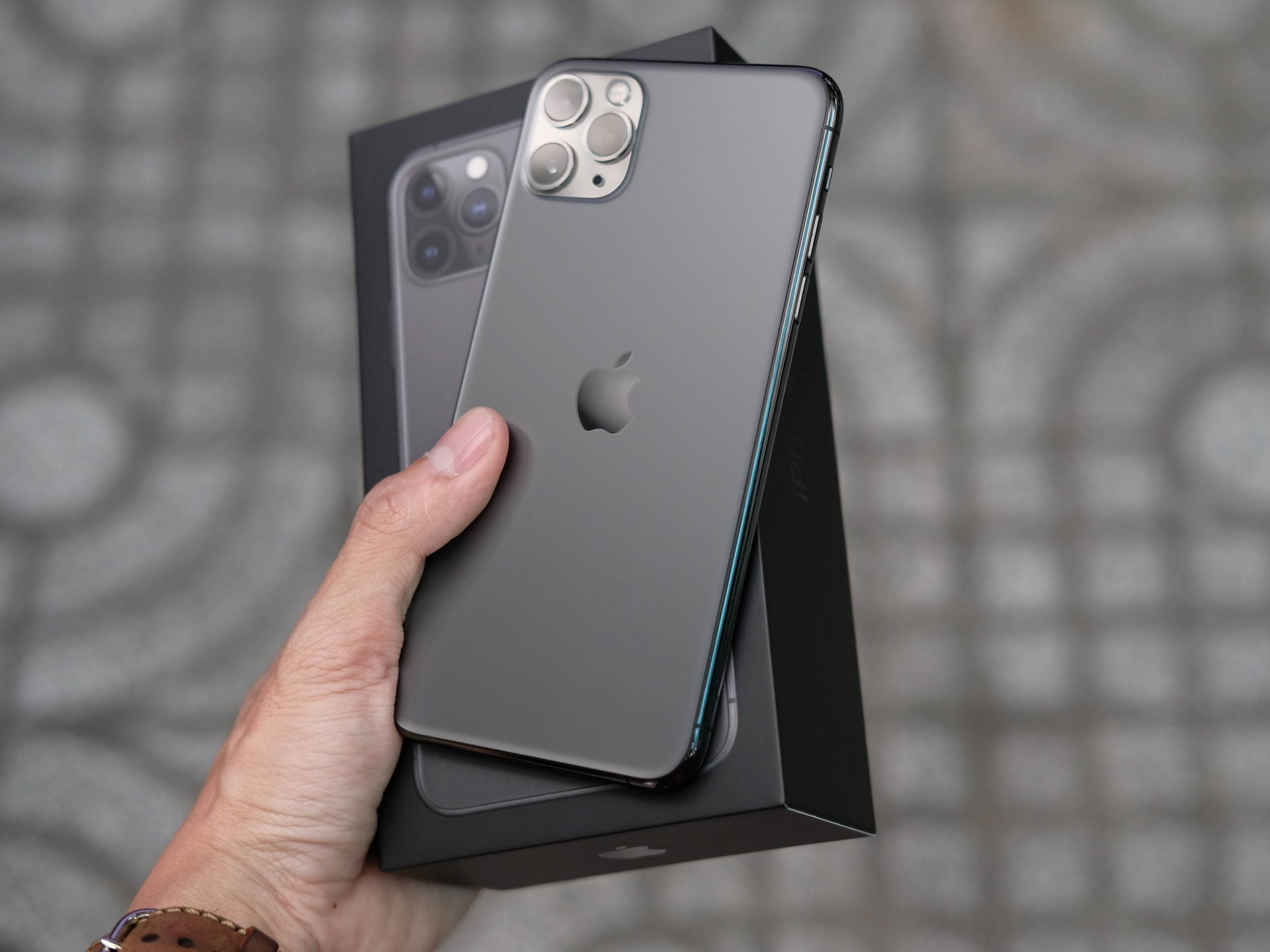iPhone 11 Pro Max in Space Grey