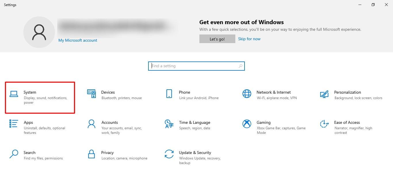 Screenshot of System tab in Settings of Windows 10