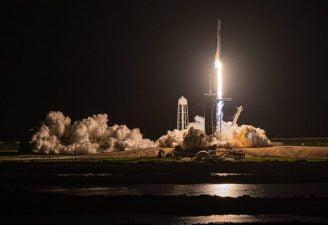 space-X-573f4a4c